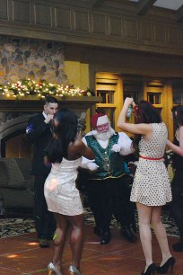 Luther-brookdale-Honda-Holiday-Party-133-web