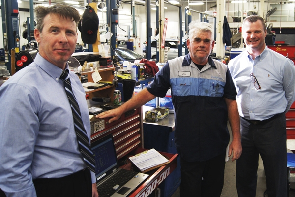 Hopkins Honda Service >> 40 Years Times Two Tech Experts Honored Luther News